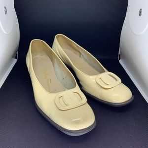 Salvatore Ferragamo Beige Shoes Patent Leather